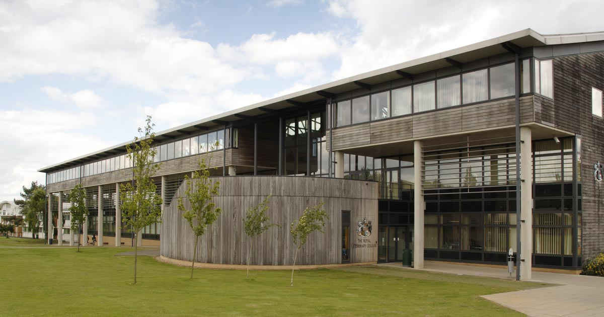 Hatfield's University of Hertfordshire awarded for teaching excellence
