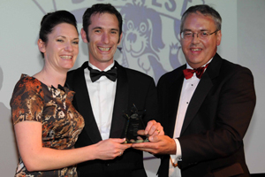 Dorwest Directors Jo-Boughton-White and Roly Boughton being presented their award by Sponsors Lloyds TSB.