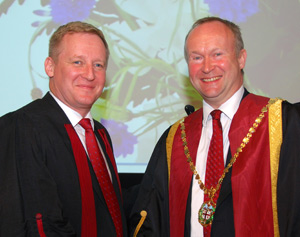 Col Smith (right) with new vice-president Stuart Reid, who is principal of the Royal Veterinary College.