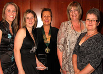 [L-R] Tina Mackey, Jenny Beggs, BVNA president Donna Lewis, Hill's territory manager Susie Turner and Bridget Davidson
